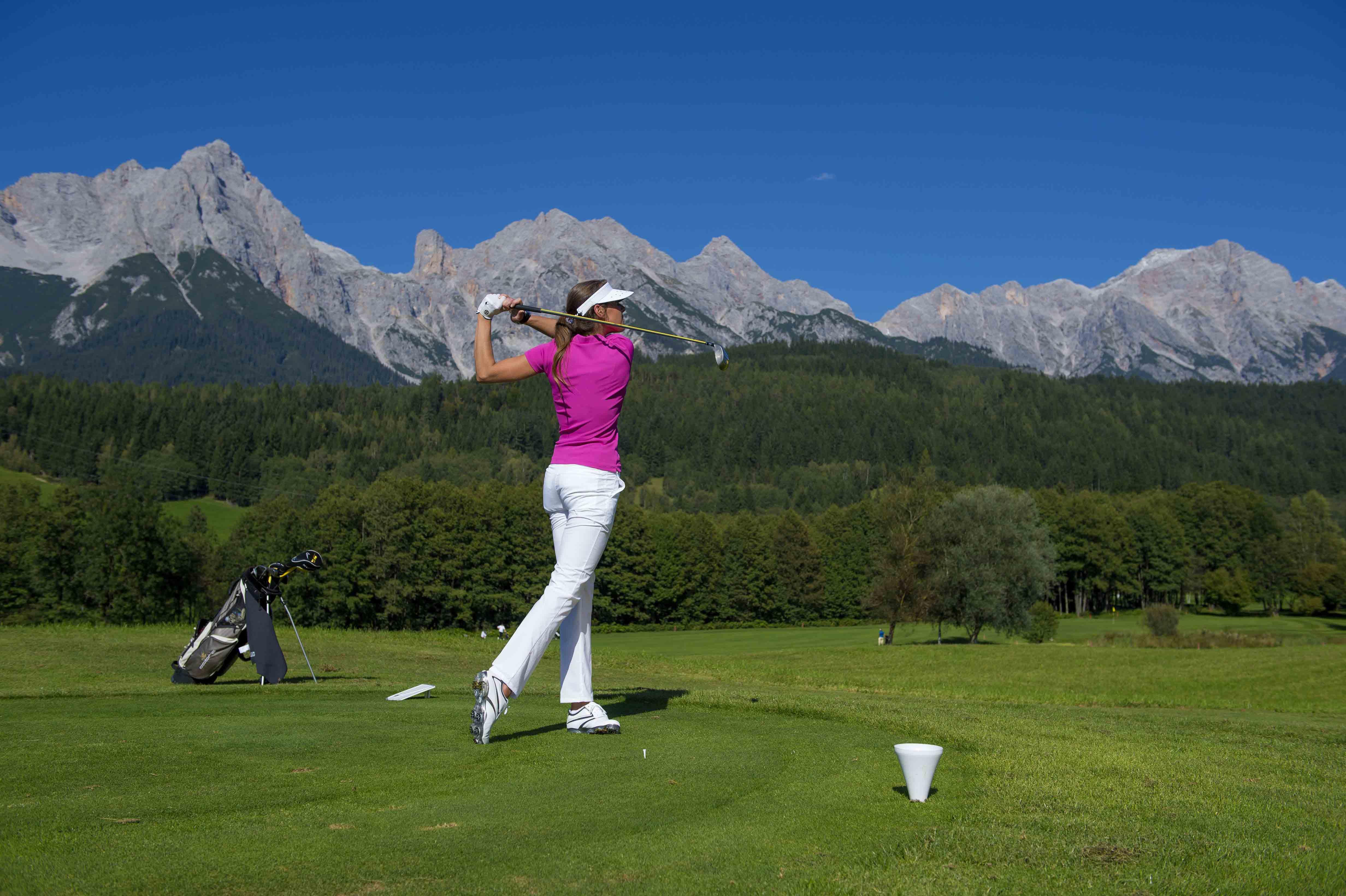 Golf Pictures: Alpine Living